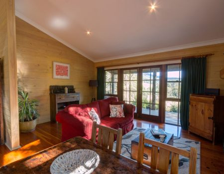 Friday Creek Retreat | Country Cottage near Coffs Harbour
