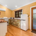 Full Kitchen Coffs Harbour accommodation
