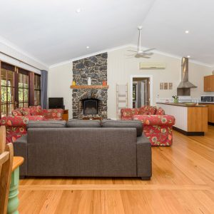 Coffs Harbour Accommodation with Fireplace