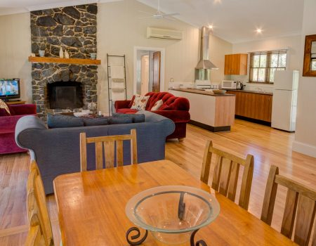 Friday Creek Retreat | Family Accommodation Coffs Harbour Hinterland