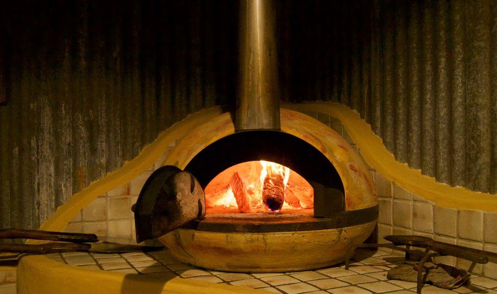 Roaring Pizza Over | Friday Creek Retreat | Romantic Getaway Coffs Harbour